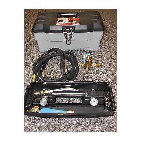 The Iron Propane Dehorner KIT with a Cauterizer tip and Debudding tip